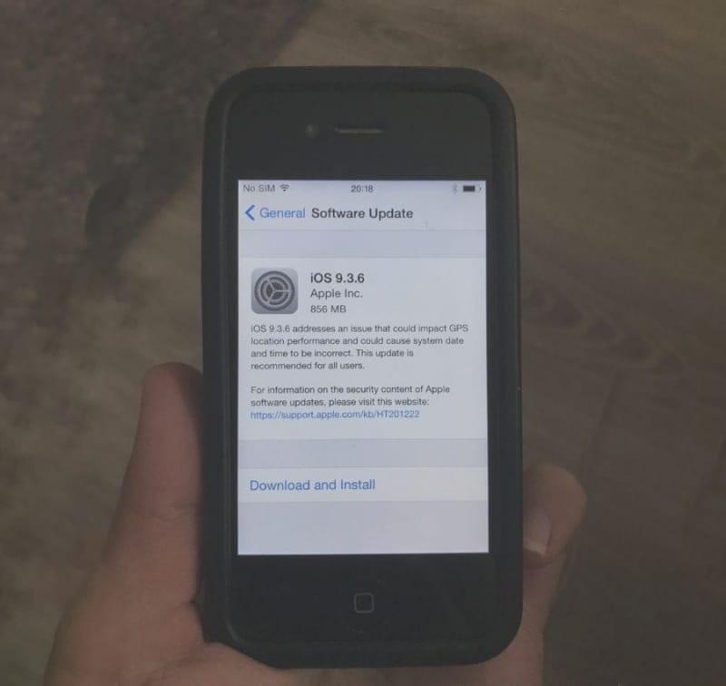 Apple phát hành iOS 9 3 6 và iOS 10 3 4 cho các mẫu iPhone, iPad đời cũ